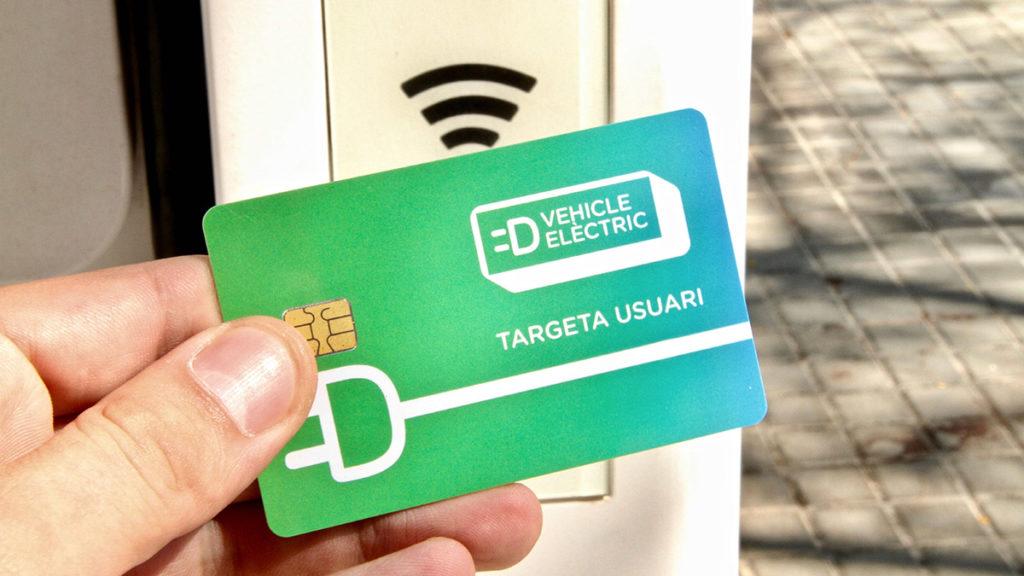 Cómo encontrar puntos de carga para coche eléctrico/híbrido en Barcelona