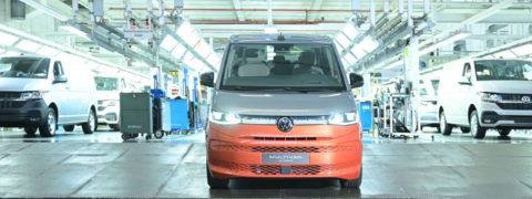 Volkswagen comienza la producción automatizada y digitalizada del nuevo Multivan